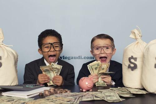 kelola keuangan Anda ala vlogaudi.com